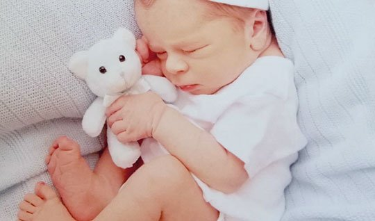 testimonio-pareja-de-mujeres-que-consiguieron-su-suelo-de-ser-madres-gracias-a-fertility-madrid
