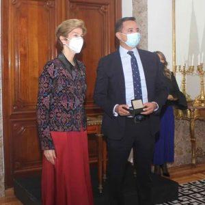 oscar-oviedo-premio-embajada-colombia (2)